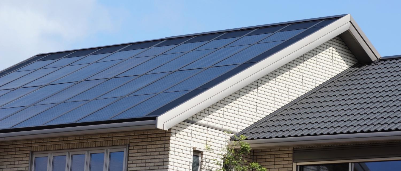 Solceller monteret på tagflade